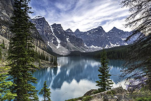 Moraine Lake, Valley of the ten peaks, green water, banff national park, alberta, canada